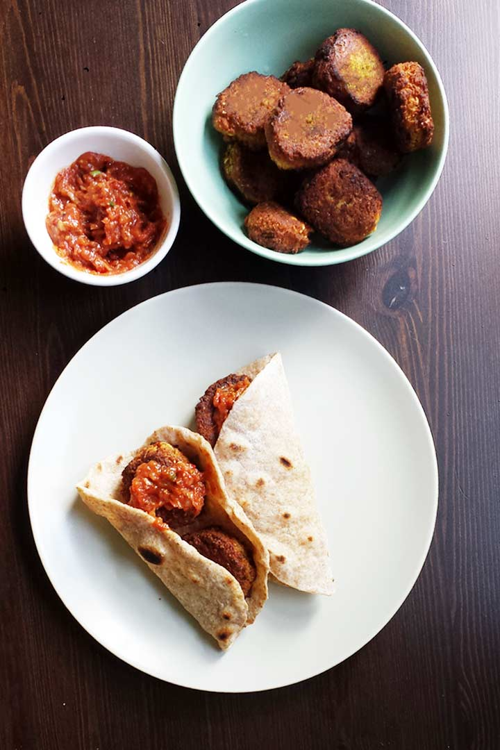Vegan falafel is a great lunch recipe that you can eat with tortilla or pitabread. This vegan falafel recipe is easy to make. #thetortillachannel #veganfalafel #falafel #falafelrecipe
