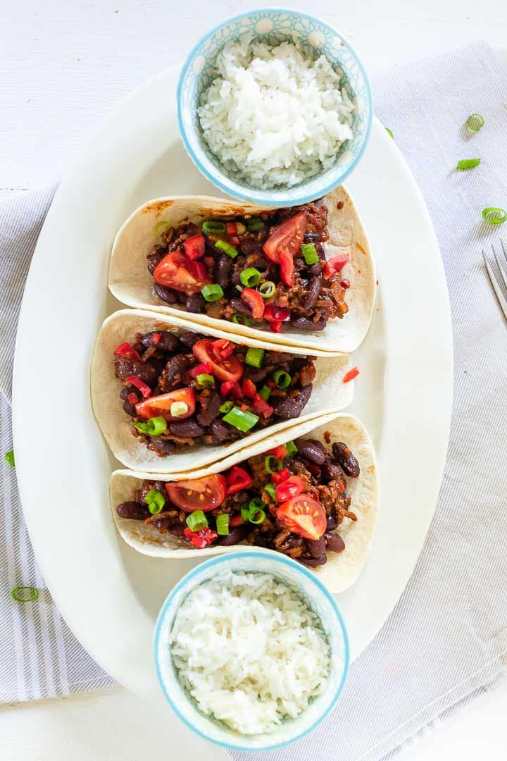 Organic beef tacos are made with quality ground beef. Simmer to get a beef ragout. Serve with crunchy taco shells or soft tortillas. Visit thetortillachannel.com for the full recipe #thetortillachannel #organicbeef #beeftacos #groundbeeftacos #tacos
