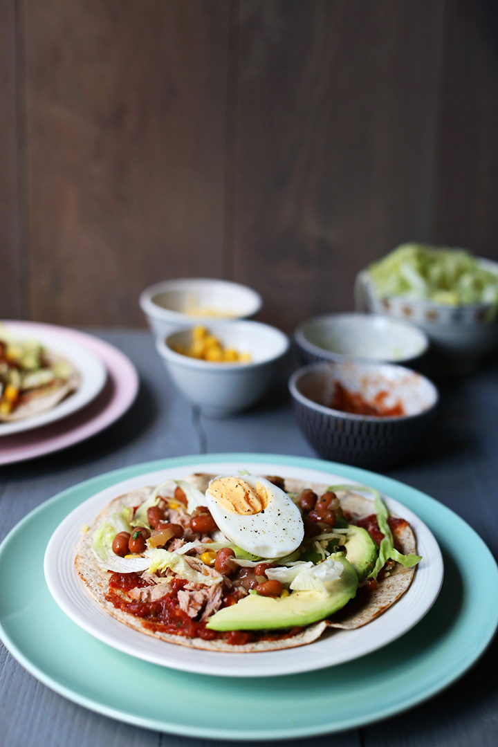 How to eat a tostada without making a mess? The ultimate guide that shows you how to eat crispy crunchy tostadas. Visit thetortillachannel.com for a step by step instruction. #tostadas #howtoeatatostada #eattostadas #eatwithoutamess