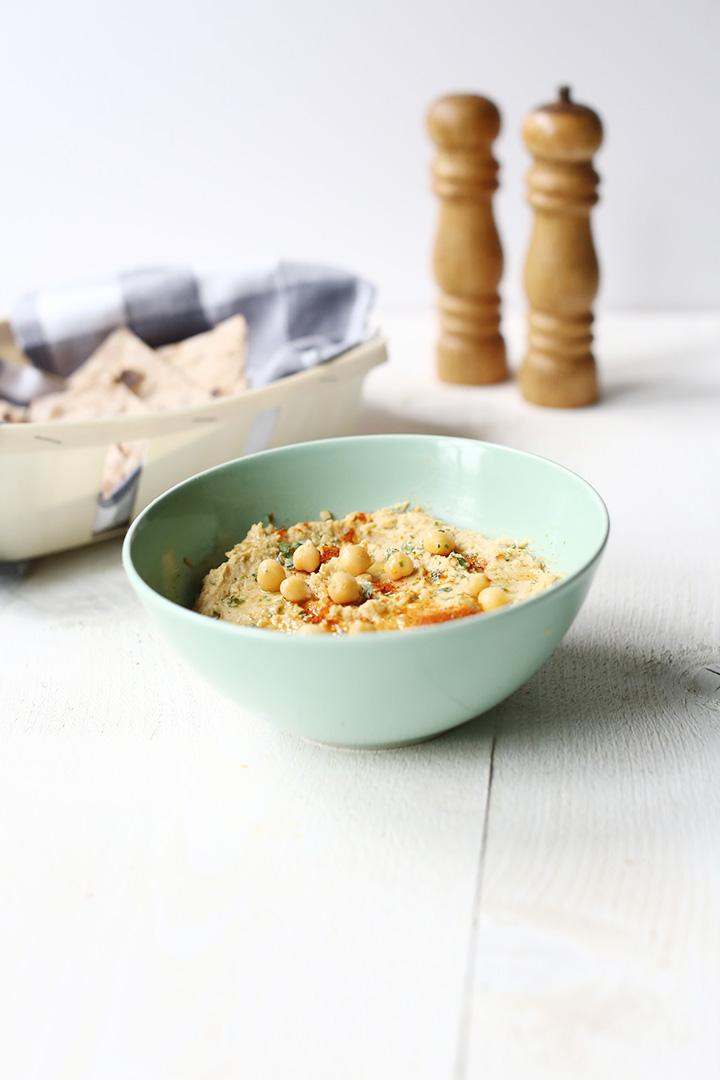 Easy peasy hummus ingredients #thetortillachannel #hummus #chickpeahummus #easyhummus