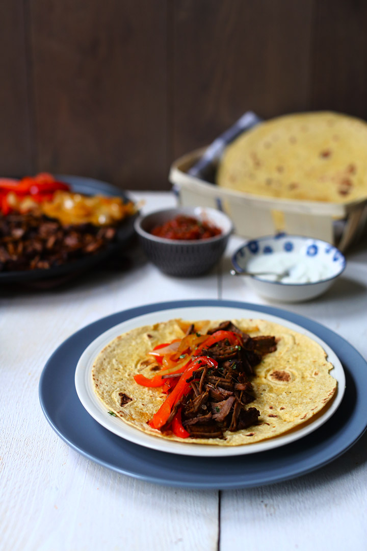 How to make Shredded tender brisket beef fajitas
