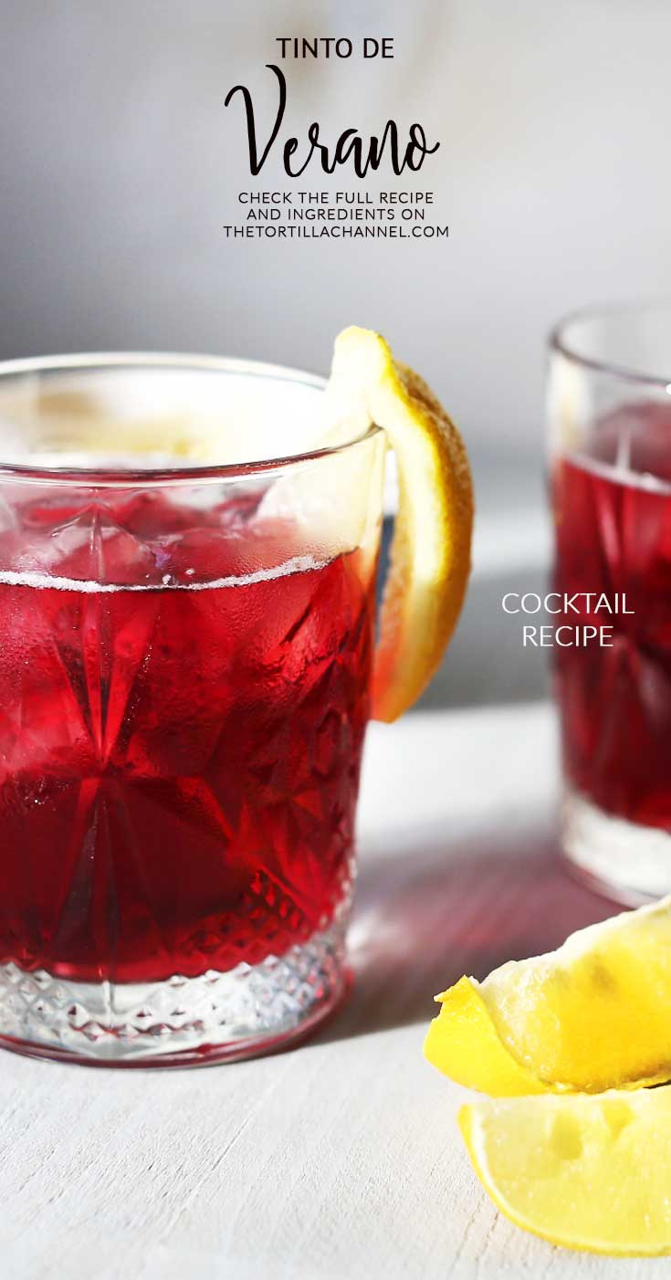 Tinto de verano the best Spanish summer drink. It is similar to sangria but also very different. Try it #thetortillachannel #tintodeverano #sangria #summerdrink #winedrink