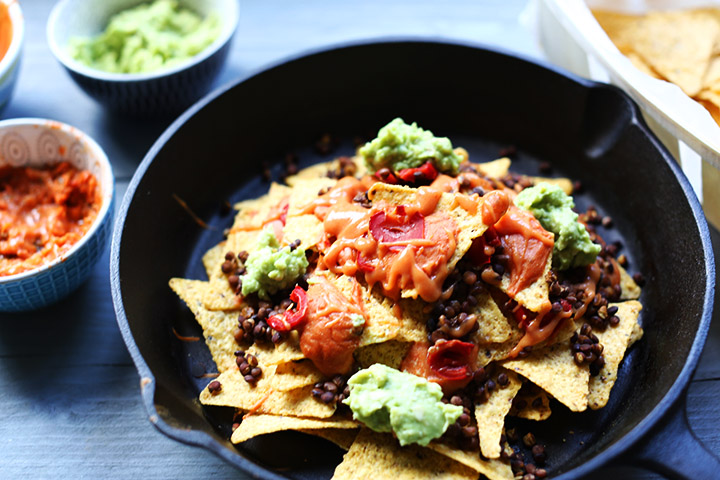 The ultimate vegan lentils nachos left