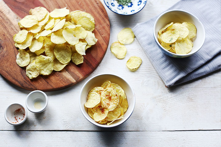 Easy to make crisp natural no fat potato chips
