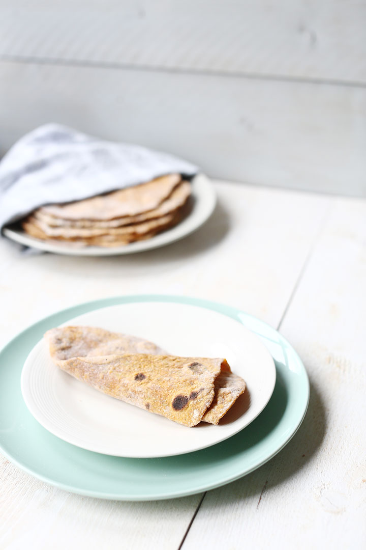 Soft sweet potato flatbread with spelt flour, herbs and no oil.