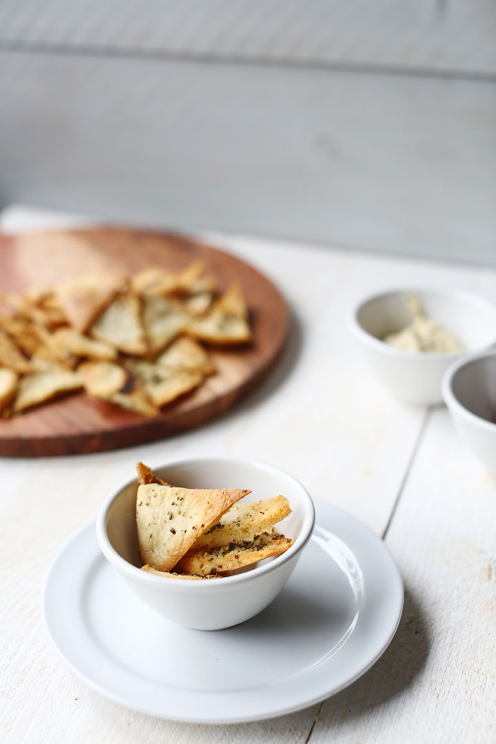 Low calorie pita chips great snack that is easy to make.