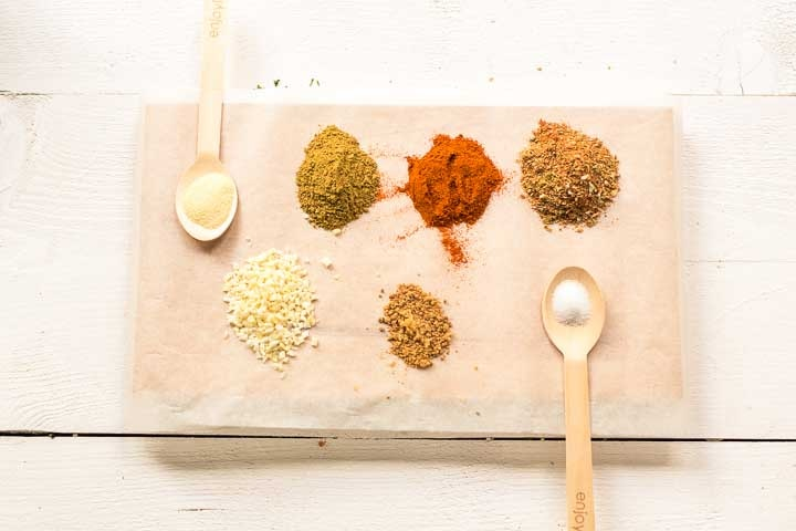 Enchilada dry seasoning ingredients. Want to make it visit thetortillachannel.com #seasoning #enchiladamix #enchiladaseasoning #enchiladadrymix