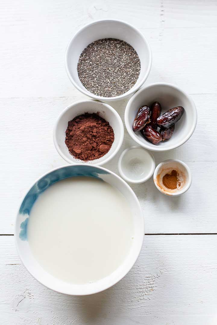 Chocolate chia pudding is a natural sweetened dessert or breakfast. Made with almond milk and chia seeds. Add fruits or granola for additional flavor. Visit thetortillachannel.com for the full recipe. #pudding #chocolatechiapudding #chiapudding #chiarecipe #chiadessert #chiabreakfast #sweetvegandessert