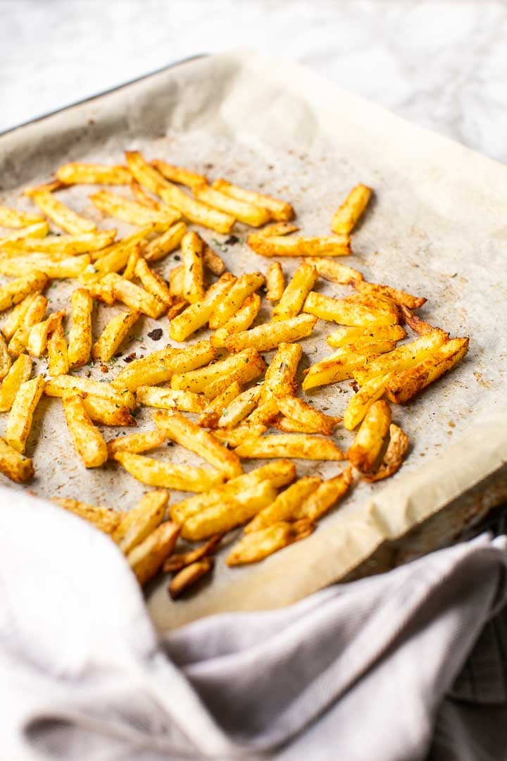 Mexican fries is a great side dish that is crispy and tasty. These Mexican fries are vegan #thetortillachannel #mexicanfries #mexicanstreetfries #veganfries #veganmexicanfries #easyfries #easymexicanfries