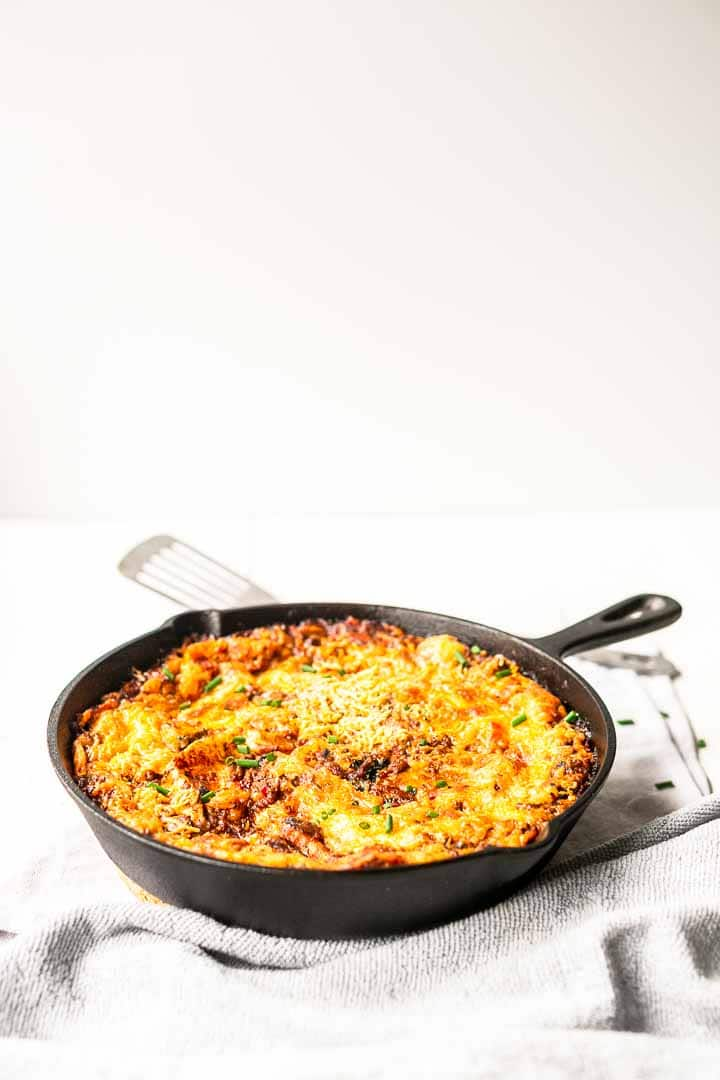 The best taco lasagna an easy Mexican twist on a Italian classic. A great casserole dinner recipe made with tortillas and a skillet. Visit thetortillachannel for the full recipe and video #thetortillachannel #tacolasagna #thebestlasagna #tortillalasagna #beeftortillalasagna #easytacolasagna