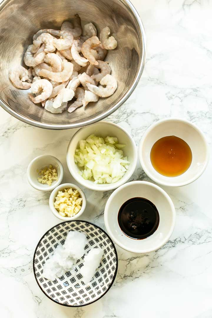 How to make honey garlic shrimp is a great dinner recipe. Easy to make a fast dinner recipe. #thetortillachannel #honeygarlicshrimp #fastdinner #shrimprecipe #easyshrimp