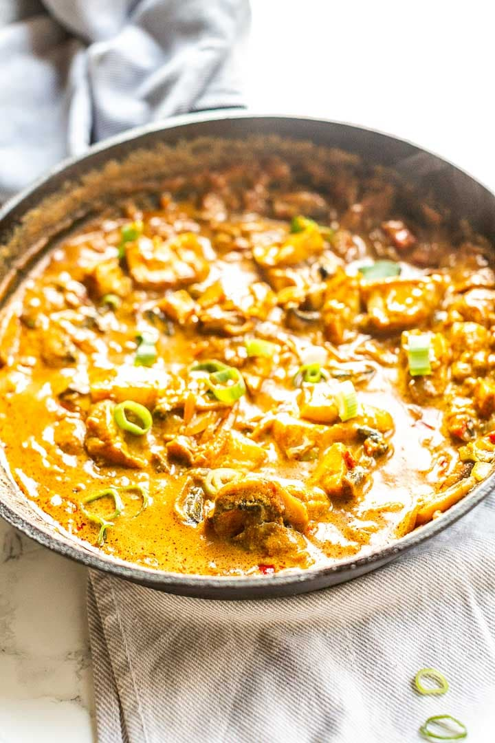 Easy fish curry is a tasty dinner recipe great to eat with naan, roti, flatbread or tortilla. Visit thetortillachannel.com #tortillachannel #fishcurry #fishcurryrecipe #yellowcurry #easycurry