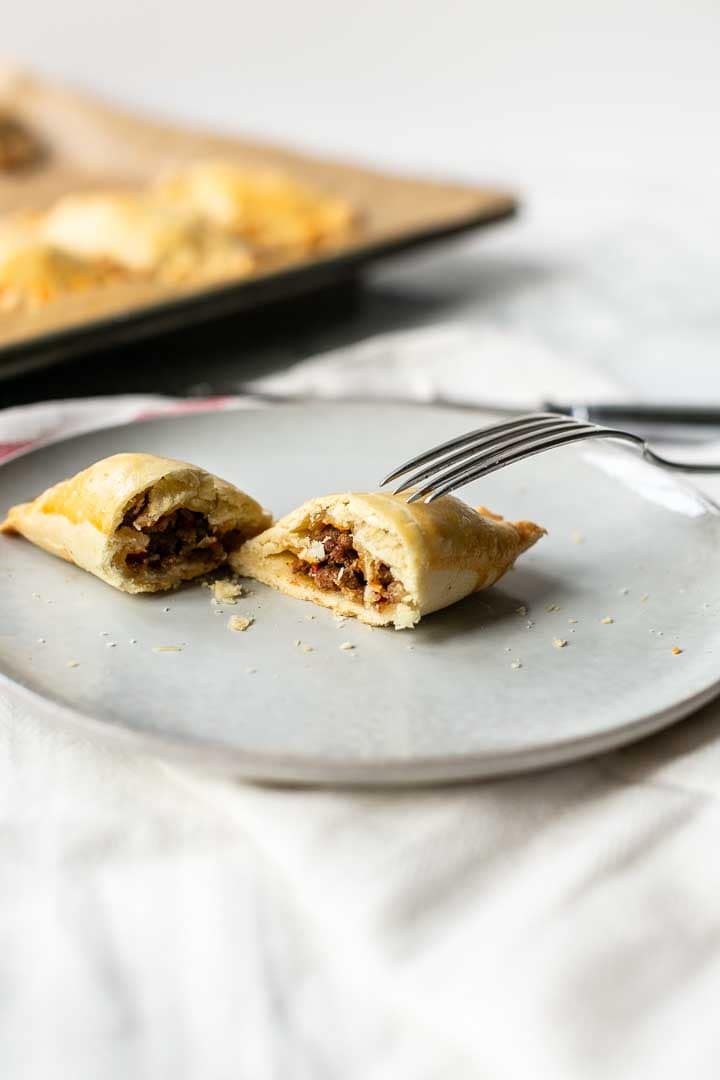 Ground beef empanadas are a great savory turnovers recipe. Easy 5 minute filling for this delicious snack. So make these beef hand pies