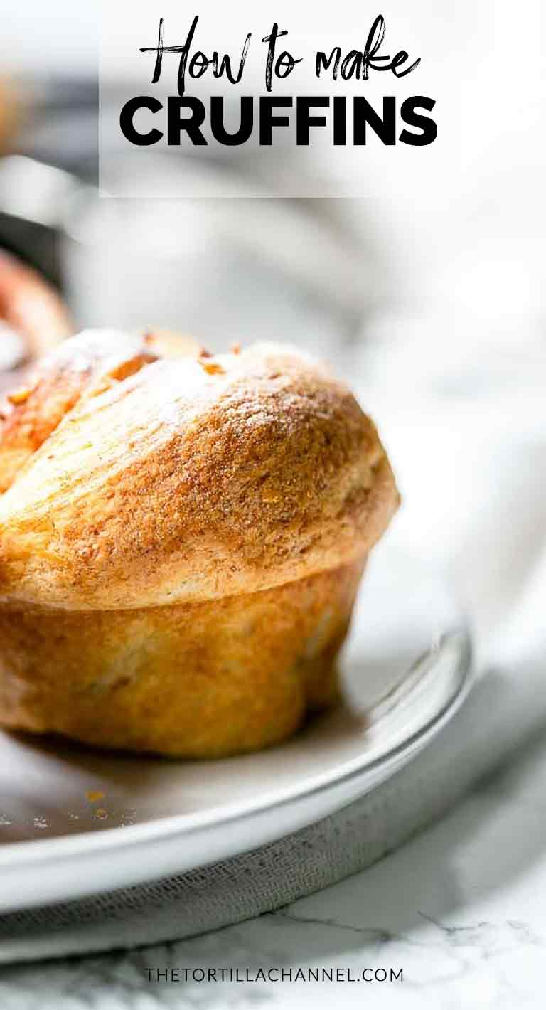 Cruffins are the perfect combination of croissants and muffins. Divine breakfast or brunch recipe. Visit thetortillachannel.com for the full recipe. #thetortillachannel #cruffins #cruffinrecipe #croissantmuffins #brunch #lunch #breakfastt