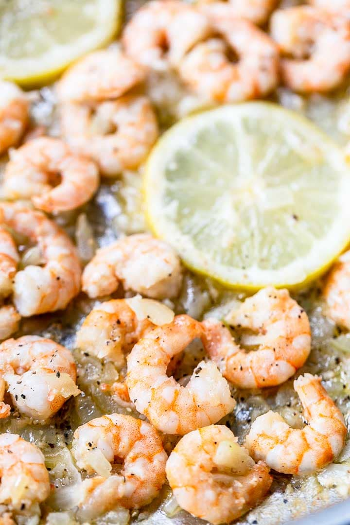 Lemon garlic shrimp shows how to make this fast dinner recipe. Done in no time. Great with tacos so visit thetortillachannel.com for the full recipe #thetortillachannel #lemongarlicshrimp #shrimp #shrimprecipe #garlicshrimp #fastdinner #dinnerrecipe