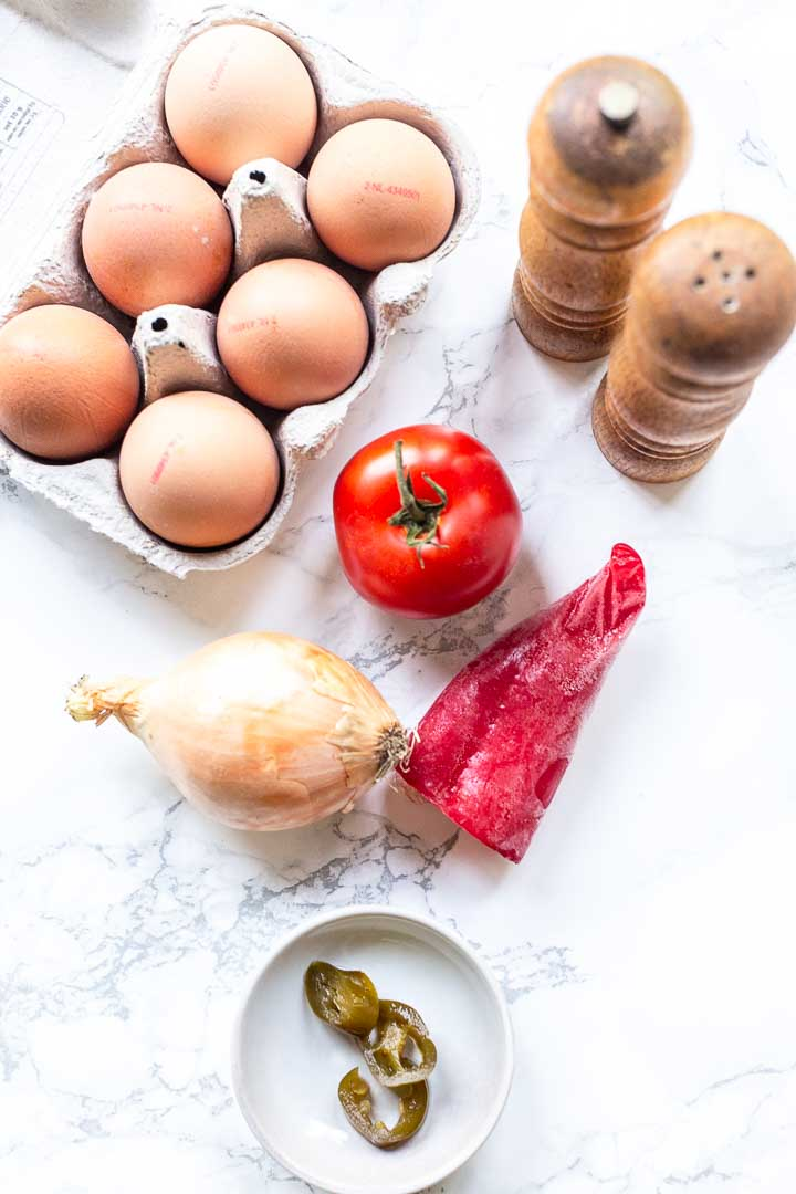 The best Mexican scrambled eggs or huevos a la Mexicana is great for breakfast or lunch. It is low carb so it fits a keto diet. Visit thetortillachannel.com for the full recipe. #thetortillachannel #Mexicanscrambledeggs #huevosalamexicana #eggrecipe #breakfast #lunch