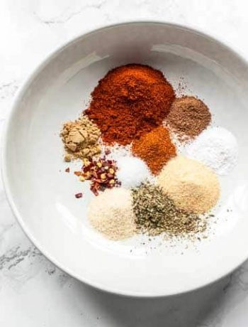 Looking for an easy way to make Piri Piri seasoning also known as Peri Peri spice mix try to spice blend recipe. It is easy, tasty and cheap! Visit thetortillachannel.com for the full recipe and video #thetortillachannel #piripiriseasoning #periperiseasoning #seasoning #piripirispicemix #piripiri #periperi