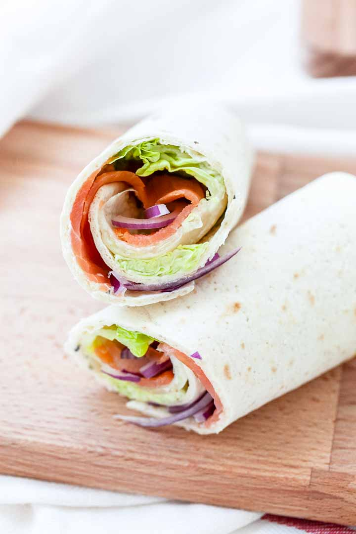 Looking for the best salmon wrap you ever tried? Take a look at this easy how to make salmon wrap recipe. Delicious and on the table in no time!